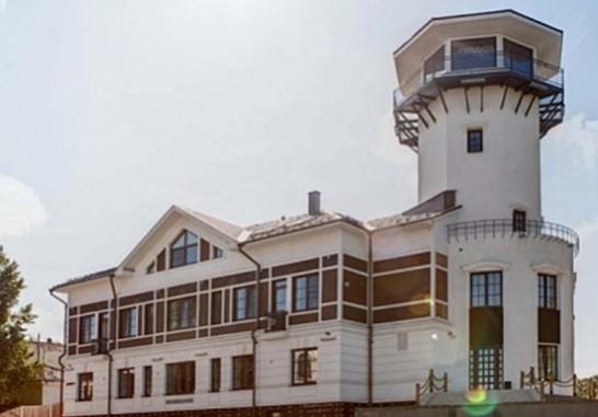 Art Hotel Wardenclyffe
